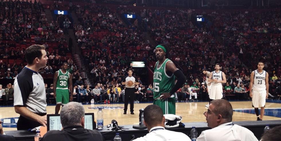 Gerald Wallace des Celtics semblait dépité de la performance des siens hier soir, au Centre Bell.