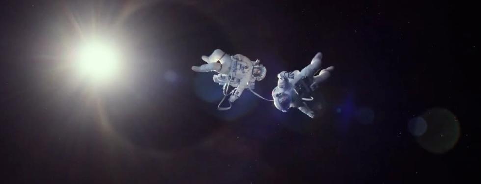 gravity-movie-astronauts-space
