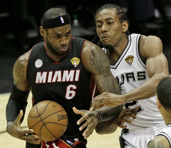 Kawhi Leonard devra rendre la vie dure à LeBron James si les Spurs comptent remporter le championnat.